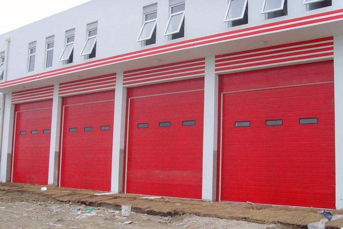 消防工业门